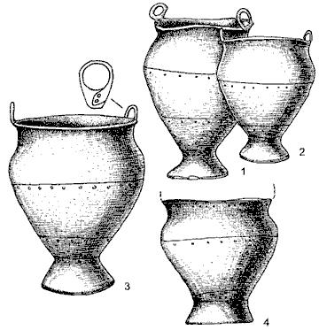 Клепанные котлы с территории сабатиновско-белогрудовского круга